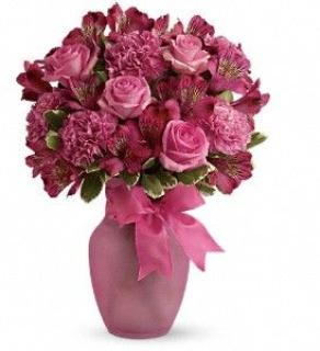 Teleflora\'s Pink Blush Bouquet