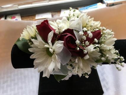 White Daisy and Rose Corsage