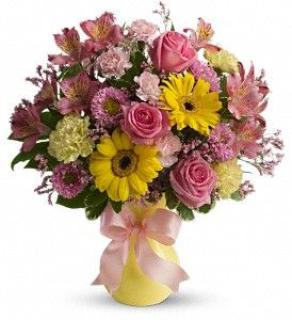 Teleflora\'s Darling Dreams Bouquet