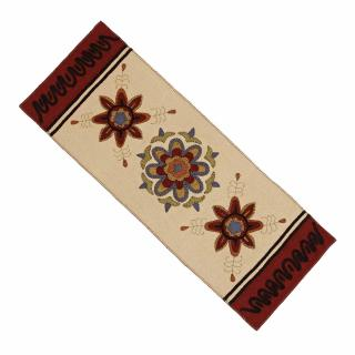 3 Flowers Table Runner