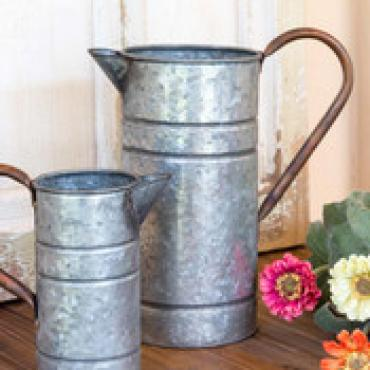 Large Tin Watering Can