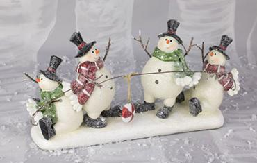 Snowmen tug-of-war table topper